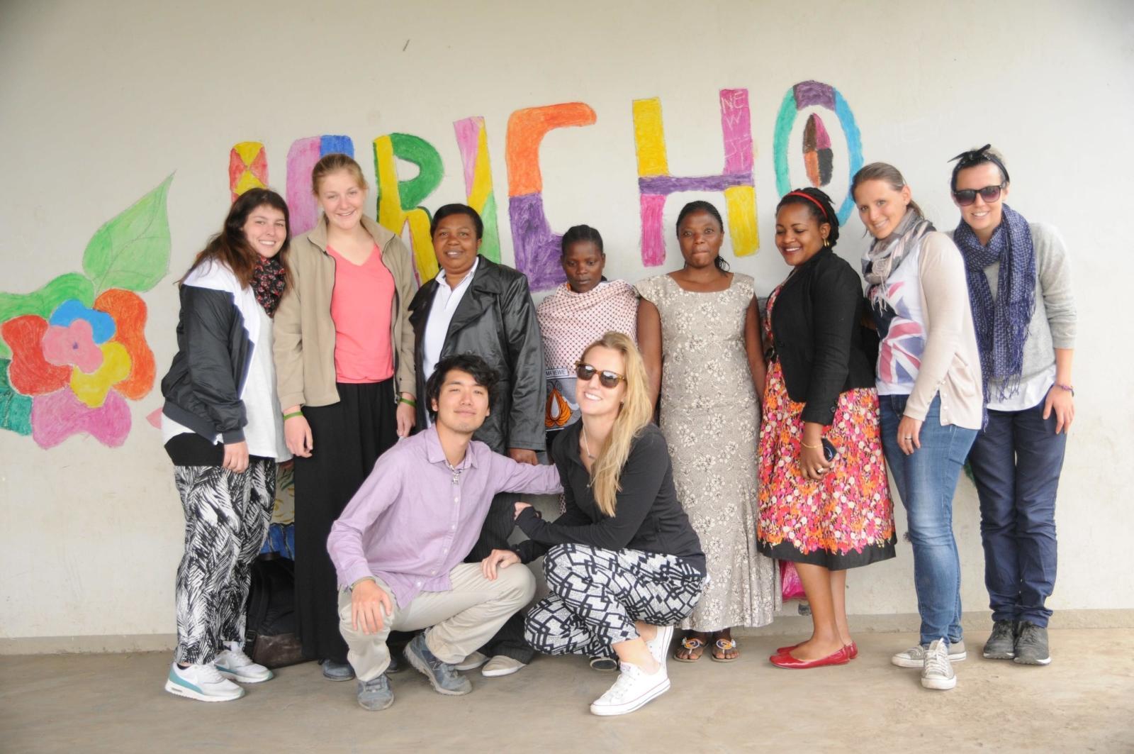 発展途上国の地で出会った社会人ボランティアの仲間